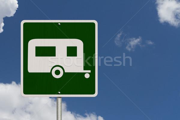 Camping amerikaanse verkeersbord hemel symbool kampeerder Stockfoto © karenr