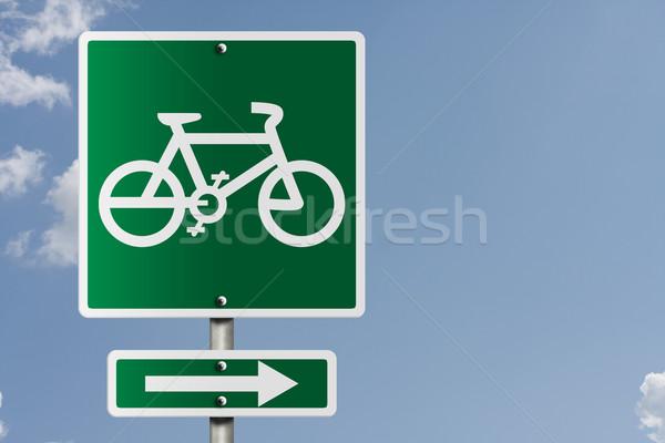 Bicikli útvonal erre amerikai jelzőtábla égbolt Stock fotó © karenr