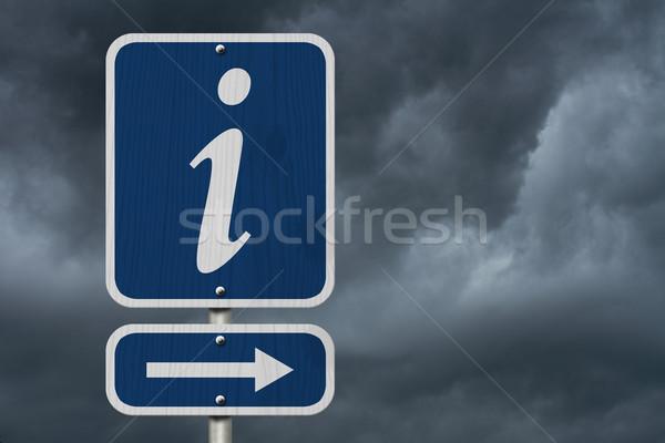 Információ jel amerikai kék jelzőtábla viharos égbolt Stock fotó © karenr