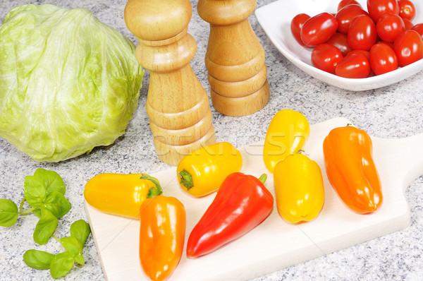 Légumes différent cuisine alimentaire pétrolières salade Photo stock © karin59