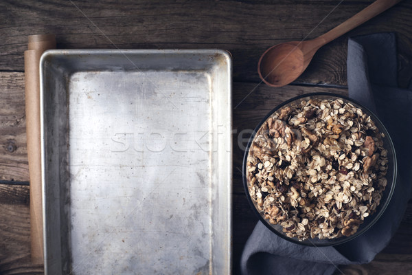 Granola vidrio tazón bandeja mesa de madera Foto stock © Karpenkovdenis