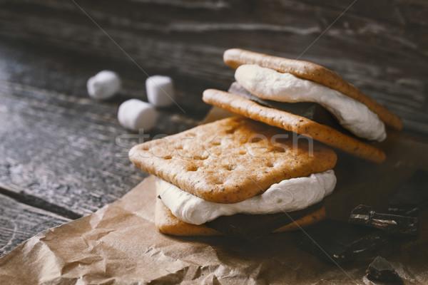 Parşömen ahşap masa gıda arka plan sandviç sıcak Stok fotoğraf © Karpenkovdenis