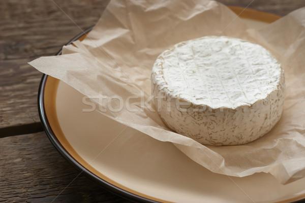 Stockfoto: Geheel · camembert · kaas · witte · perkament · papier