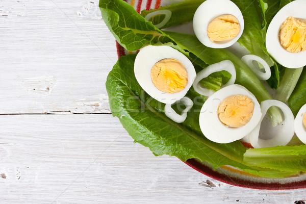 緑 サラダ 玉葱 卵 白 木製のテーブル ストックフォト © Karpenkovdenis