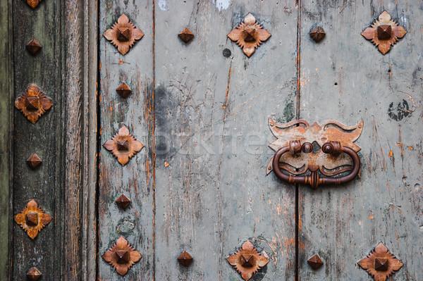 Vecchio legno porta metal città Foto d'archivio © Karpenkovdenis
