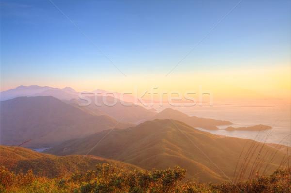 Majestueux montagne paysage coucher du soleil Hong-Kong ciel Photo stock © kawing921