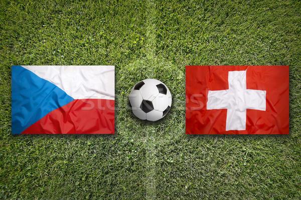 Repubblica Ceca vs Svizzera bandiere campo di calcio verde Foto d'archivio © kb-photodesign