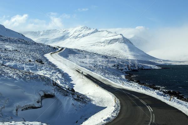 Helado carretera volcánico montanas paisaje calle Foto stock © kb-photodesign