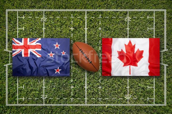 Foto stock: Novo · vs · bandeiras · rugby · campo · verde