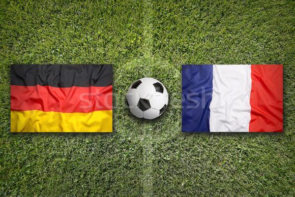 Almanya vs Fransa bayraklar futbol sahası yeşil Stok fotoğraf © kb-photodesign