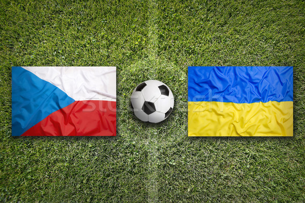 Csehország vs Ukrajna zászlók futballpálya zöld Stock fotó © kb-photodesign