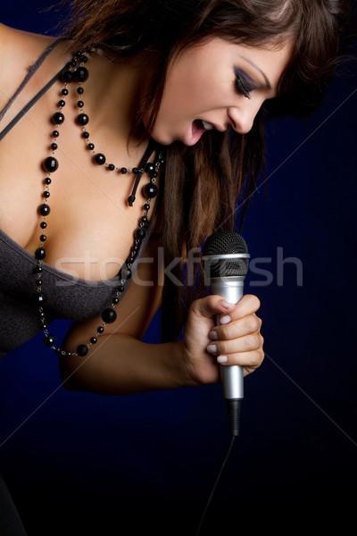 Vrouwelijke zanger mooie jonge meisje Stockfoto © keeweeboy