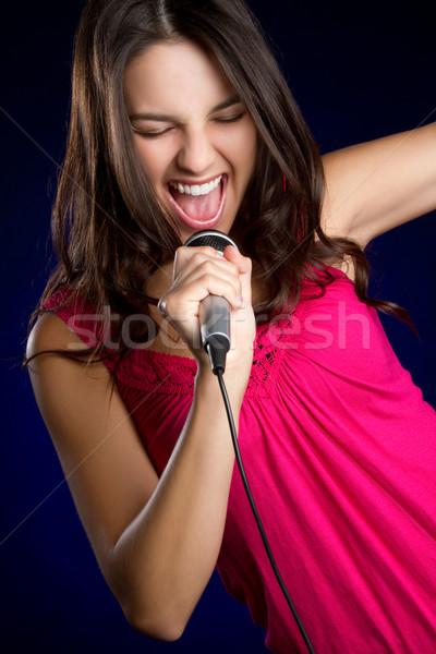 şarkı söyleme genç kız güzel karaoke müzik kız Stok fotoğraf © keeweeboy