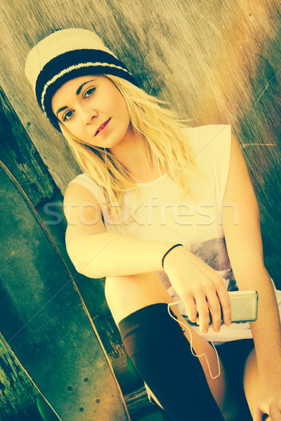 Mp3 Skater Girl Stock photo © keeweeboy