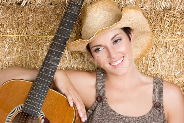 ülke gitar kız müzisyen mutlu güzellik Stok fotoğraf © keeweeboy