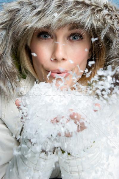 Kadın kar güzel kış kız Stok fotoğraf © keeweeboy
