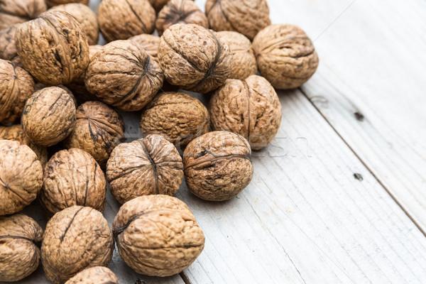 оболочки все сырой орехи природного Сток-фото © keeweeboy