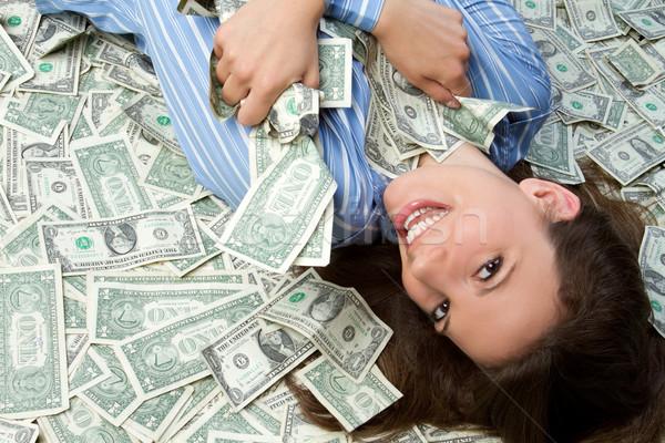 Как девушка может заработать дома