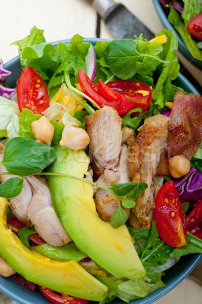 Tavuk avokado salata taze sağlıklı rustik Stok fotoğraf © keko64