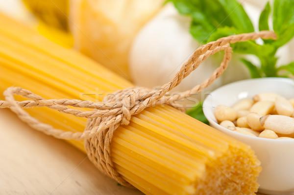 Italiana tradizionale basilico pesto pasta ingredienti Foto d'archivio © keko64