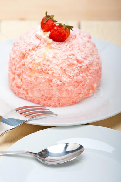 Vers aardbei slagroom dessert roze macro Stockfoto © keko64