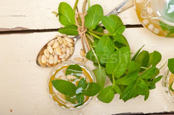 арабских традиционный мята соснового орехи чай Сток-фото © keko64
