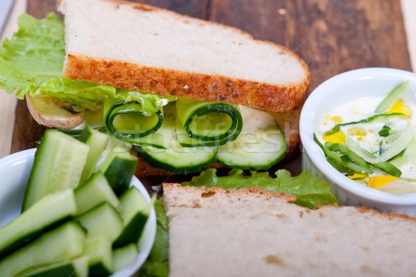 新鮮な ベジタリアン サンドイッチ ニンニク チーズ ディップ ストックフォト © keko64