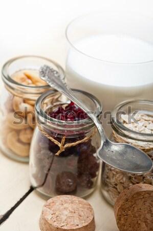 Gesunden Frühstück Zutaten Milch Hafer Kaschunuss Stock foto © keko64
