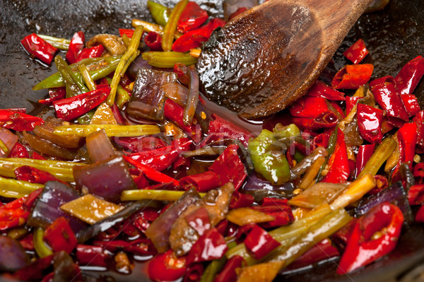 Frit piment légumes wok pan fer Photo stock © keko64