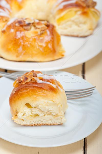 Tatlı ekmek tatlı çörek kek taze ev Stok fotoğraf © keko64