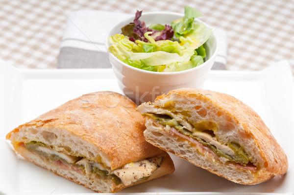 Italien panini sandwich poulet traditionnel légumes Photo stock © keko64