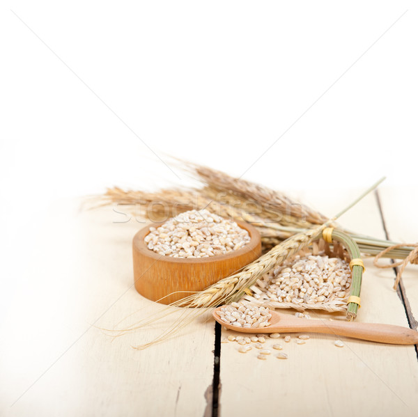 Organikus árpa magvak rusztikus fa asztal makró Stock fotó © keko64
