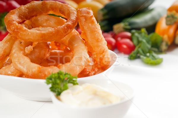 Arany mély sült hagyma gyűrűk felszolgált Stock fotó © keko64