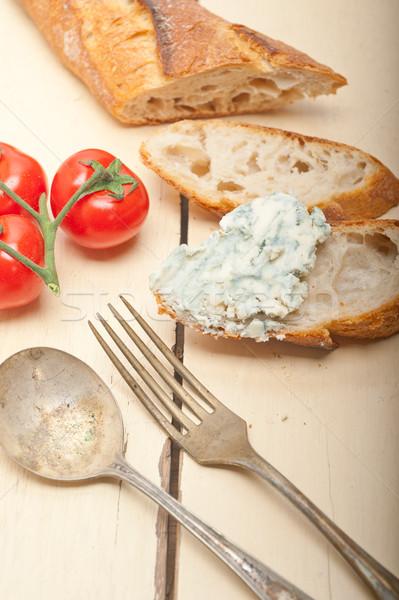 Friss márványsajt francia francia kenyér koktélparadicsom oldal Stock fotó © keko64