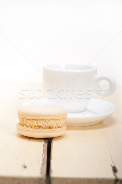 Colorido café expresso café branco mesa de madeira bolo Foto stock © keko64