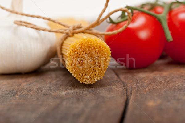 Italiaans fundamenteel pasta ingrediënten vers kerstomaatjes Stockfoto © keko64