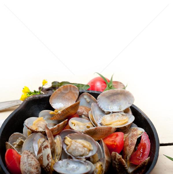 Fresco ferro rústico mesa de madeira mar concha Foto stock © keko64