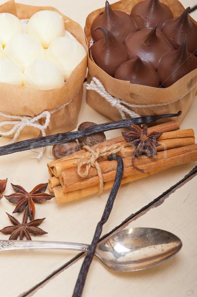 Cioccolato vaniglia spezie crema torta dessert Foto d'archivio © keko64