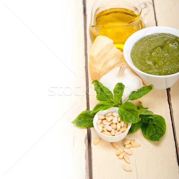 İtalyan fesleğen pesto sos malzemeler geleneksel Stok fotoğraf © keko64