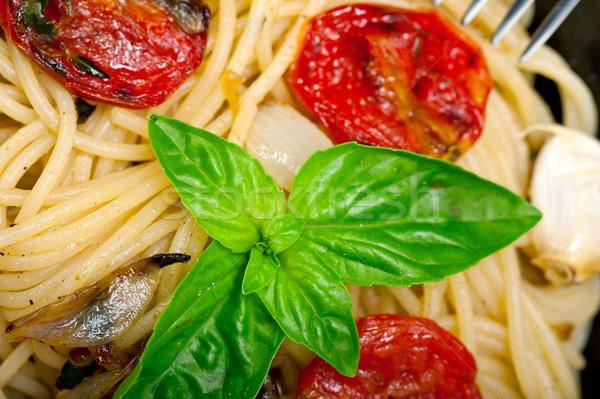 Spaghetti pasta pomodorini basilico italiana Foto d'archivio © keko64