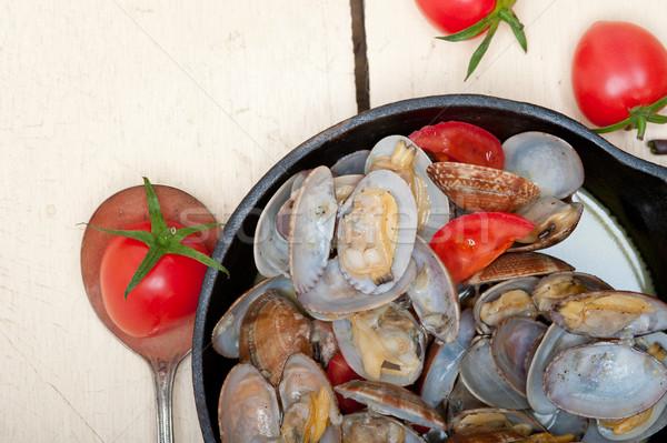 fresh clams on an iron skillet Stock photo © keko64