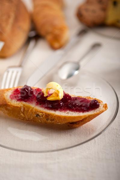 Brood boter jam klassiek europese ontbijt Stockfoto © keko64