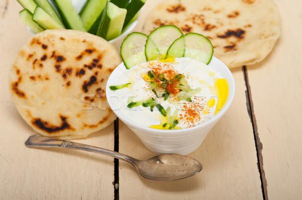 Arap Orta Doğu keçi yoğurt salatalık salata Stok fotoğraf © keko64