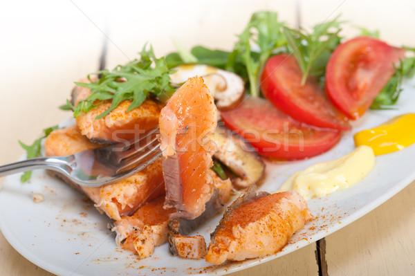 Grelhado filé legumes salada fresco tomates Foto stock © keko64
