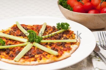 Türk sığır eti pizza salatalık üst taze Stok fotoğraf © keko64