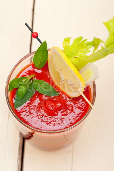 Vers tomatensap soep glas witte houten tafel Stockfoto © keko64
