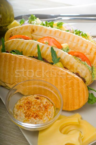 Panini sanduíche fresco caseiro vegetariano Foto stock © keko64