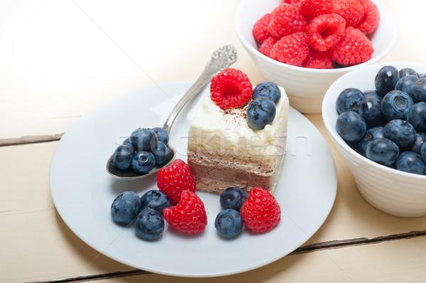 Photo stock: Fraîches · framboise · myrtille · gâteau · maison · crème