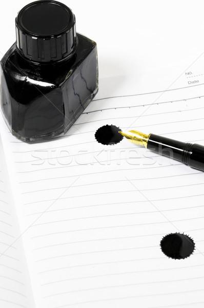 Töltőtoll notebook klasszikus fekete nyitva tinta Stock fotó © keko64