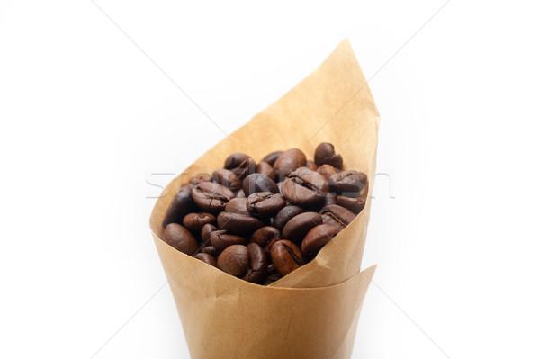 Café expresso grãos de café papel cone cornucópia branco Foto stock © keko64